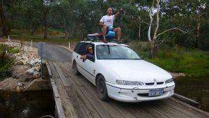 Die Autokennzeichen in Australien gibt es neben dem klassischen Format auch immer häufiger in EU-Kennzeichen ähnlicher Form.