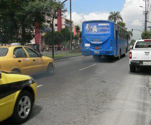 Die Autokennzeichen in Ecuador nutzen 3 Buchstaben und 3 Ziffern oder 3 Buchstaben und 4 Ziffern.