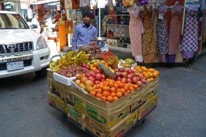 Kurze Kennzeichen ältere tragen das Kürzeln BRN für Bahrain.