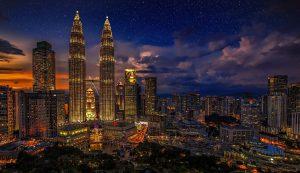 Autokennzeichen in Malaysia ermöglichen eine regionale Herkunftszuordnung.