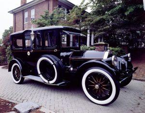 Erst 1909 gab es in Deutschland einheitliche Autokennzeichen.