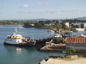 Obwohl Vanuatu nur mit dem Schiff oder Flugzeug erreicht werden kann findet man Autokennzeichen aus Vanuatu auch in Europa wieder.