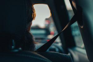 In einigen Situationen darf man un angeschnallt fahren.