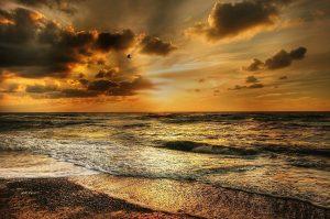 Die Nordseeküste in Dänemark lädt zum Urlaub ein.