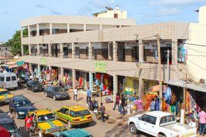 Die KFZ-Kennzeichen in Gambia ermöglichen ein Ablesen der Herkunftsregion.
